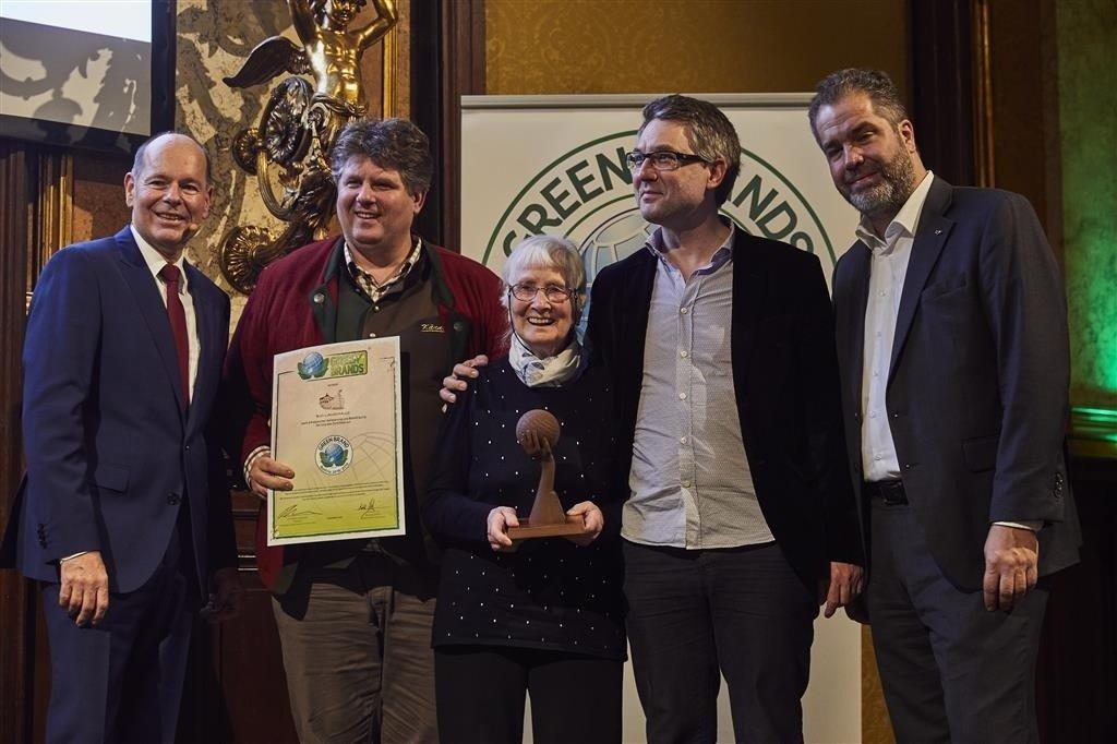 vlnr: Norbert Lux/Green Brand, Ilmar Tessmann, Rosalinde Tessmann, Noe Tessmann, Mag. Stephan Blahut/GF Gewerbeverein Wien